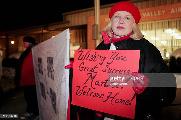 Kathy Herrmann of Seattle Washington waits for Martha Stewart to arrive at Greenbrier Valley Airport March 3 2005 in Lewisburg West Virginia Stewart...