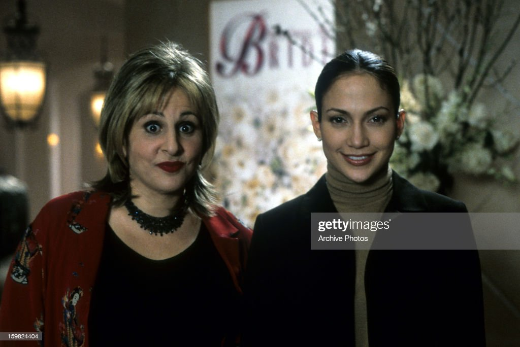 Kathy Najimy And Jennifer Lopez In A Scene From The Film Wedding Planner