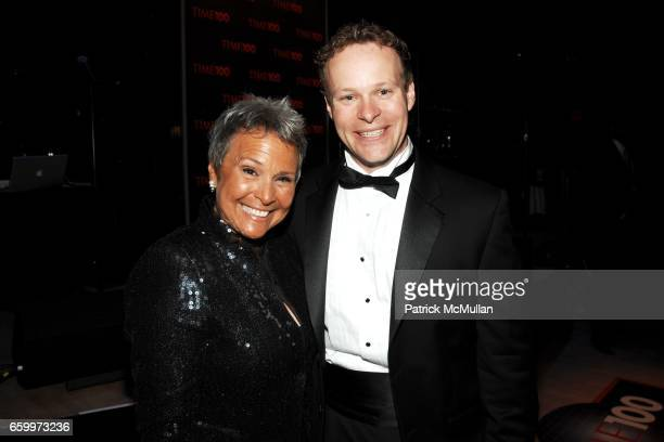 Kathy Travis and Chris Licht attend TIME MAGAZINE'S 100 MOST INFLUENTIAL PEOPLE 2009 at Jazz At Lincoln Center on May 5 2009 in New York City
