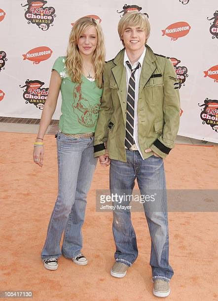 Katie Cassidy and Jesse McCartney during Nickelodeon's 18th Annual Kids Choice Awards - Arrivals at UCLA Pauley Pavilion in Westwood, California,...