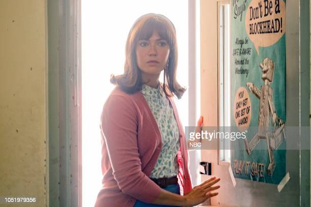 US Katie Girls Episode 303 Pictured Mandy Moore as Rebecca Pearson