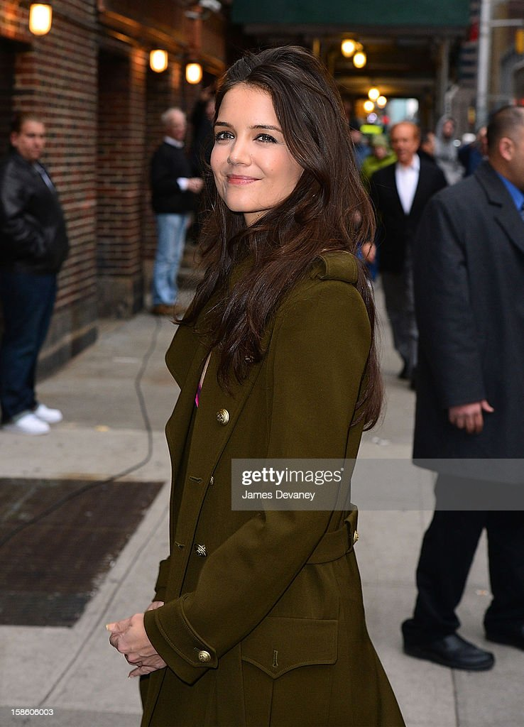 Katie Holmes arrives to 'Late Show with David Letterman' at Ed Sullivan Theater on December 20, 2012 in New York City.