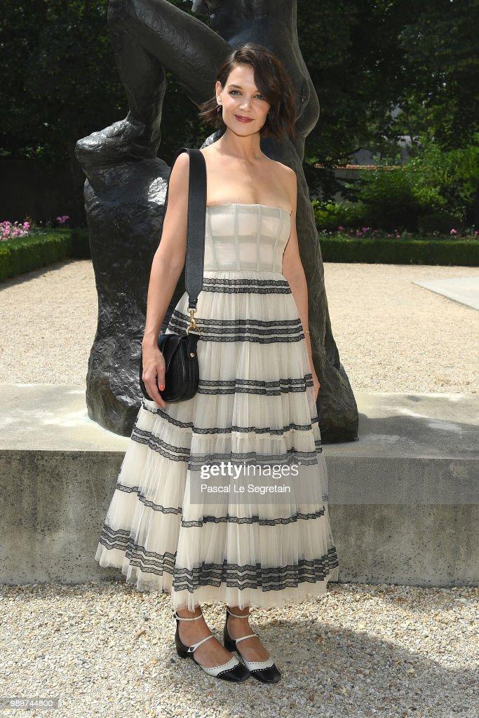Christian Dior : Photocall - Paris Fashion Week - Haute Couture Fall Winter 2018/2019 : Fotografía de noticias