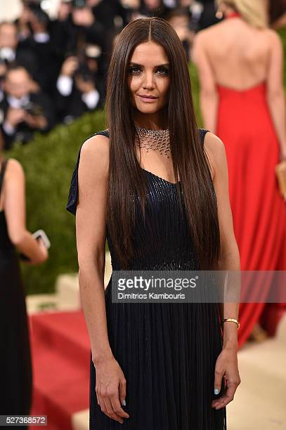 "Katie Holmes attends the ""Manus x Machina: Fashion In An Age Of Technology"" Costume Institute Gala at Metropolitan Museum of Art on May 2, 2016 in..."