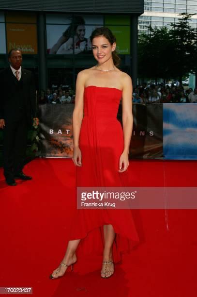"Katie Holmes On In The Germany premiere of ""Batman Begins"" in the Sony Center in Berlin 150605."