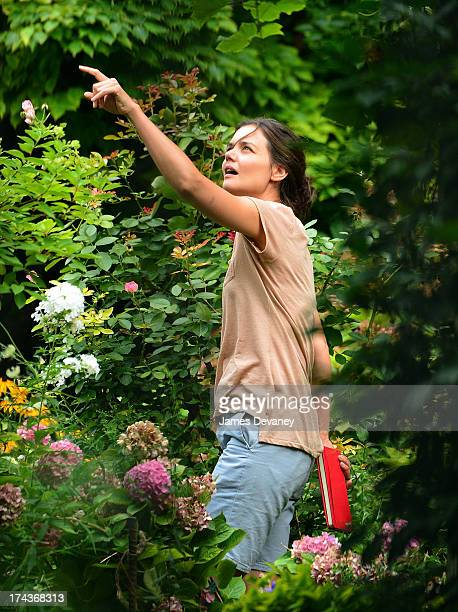 Katie Holmes on the set of 'Mania Days' on July 24 2013 in New York City