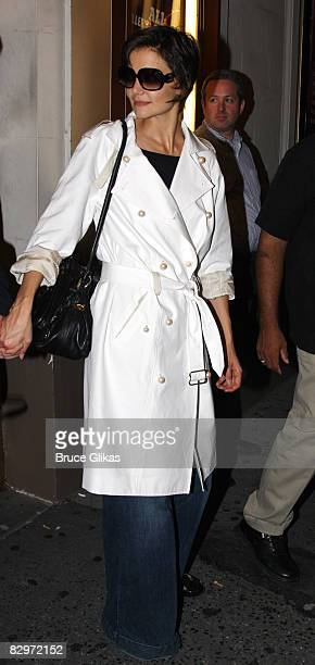 """Katie Holmes poses after an industry-only final dress rehearsal before previews start for the general public of Arthur Miller's """"All My Sons"""" on..."""