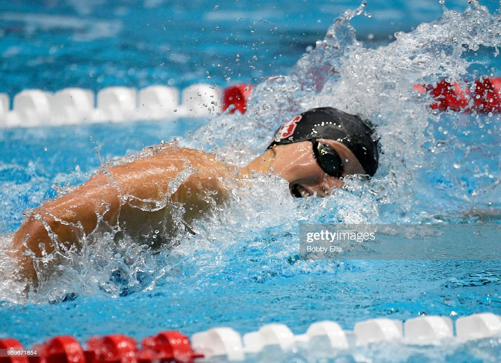 Katie Ledecky competes in the women's 400 meter freestyle final during the TYR Pro Swim Series at Indiana University Natatorium on May 17, 2018 in Indianapolis, Indiana.