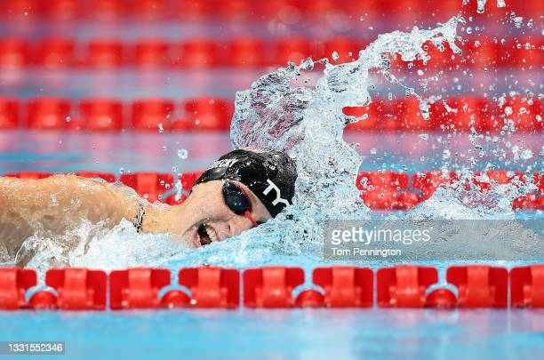 Katie Ledecky of Team United States competes in the Women's 800m Freestyle Final at Tokyo Aquatics Centre on July 31, 2021 in Tokyo, Japan.