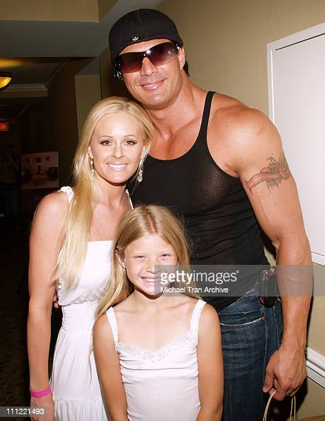 Katie Lohmann Jose Canseco and his daughter Josie