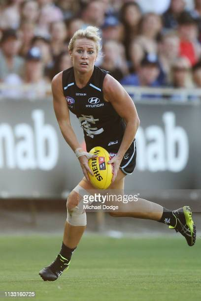 Katie Loynes of the Blues runs with the ball during the round five AFLW match between the Carlton Blues and the Collingwood Magpies at Ikon Park on...