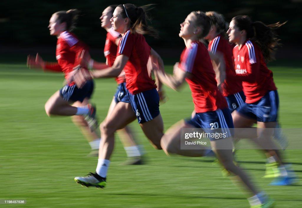 Arsenal Women Training Session : News Photo