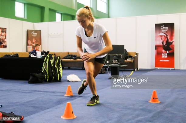 Katie Swan warms up during a Great Britain Fed Cup training session at Tenis Club IDU on April 20 2017 in Constanta Romania