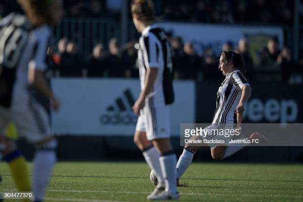Katie Zelem scores 20 goal during the Women's Serie A match between Juventus Women and Fimauto Valpolicella at Juventus Center Vinovo on January 13...