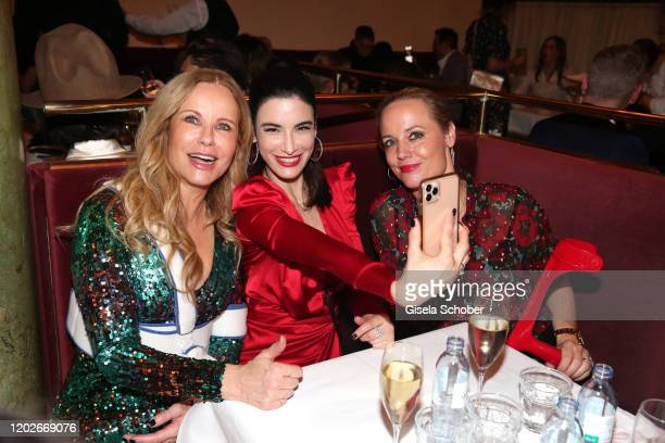 "Katja Burkard, Laila Maria Witt takes a selfie during the Place To B Berlinale Party ""Garden of Eden"" at Borchardt Restaurant on February 22, 2020 in..."