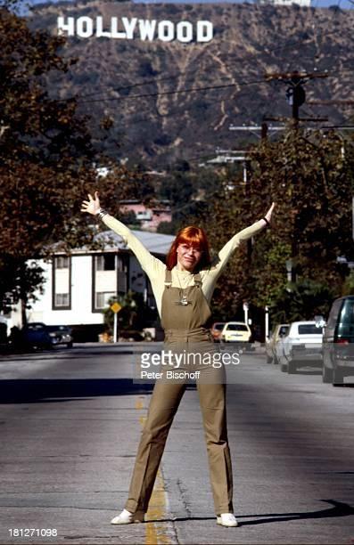 Katja Ebstein 200JahrFeier der Stadt Los Angeles/Californien/USA Sängerin Brille HollywoodSchriftzug Promis Prominenter Prominente