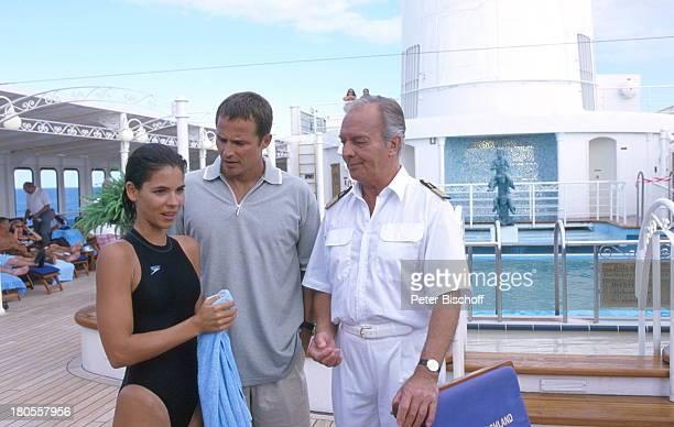 Katja Woywood Andreas Brucker HorstNaumann ZDFReihe 'Traumschiff' Folge 37 'Sydney 'Olympia'Special Australien MS 'Deutschland' Schiff Kreuzfahrt...