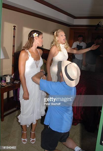Katja Woywood EvaMaria Grein Regisseur HansJürgen Tögel Dreharbeiten zur ZDFReihe Kreuzfahrt ins Glück Folge 3 Hochzeitsreise nach Hawaii Grand...