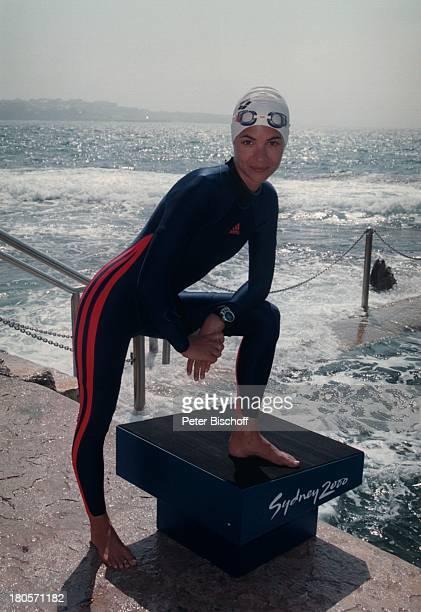 Katja Woywood ZDFReihe Traumschiff Folge 37 Sydney OlympiaSpecial Australien Schwimmanzug Badekappe Chlorbrille Meer Schauspielerin