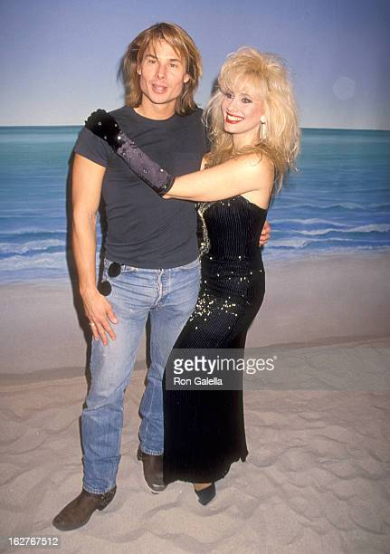 Kato Kaelin and TV Personality Rhonda Shear pose for photo opportunity on the set of Up All Night on November 17 1994 at The Production Group Studios...