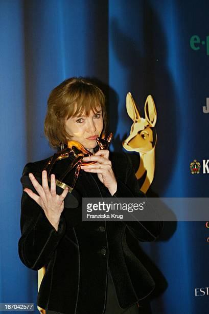 """Katrin Sass Bei Der Verleihung Des Medienpreis """"Bambi"""" In Hamburg Am 271103 ."""