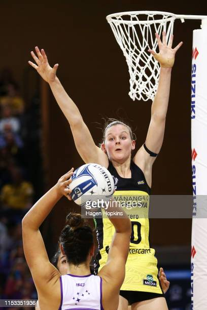 Katrina Rore of the Pulse defends against Maia Wilson of the Stars during the ANZ Premiership Netball Final between the Pulse and the Stars at Te...