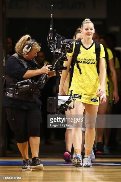 Katrina Rore of the Pulse leads her team onto the court during the ANZ Premiership Netball Final between the Pulse and the Stars at Te Rauparaha...