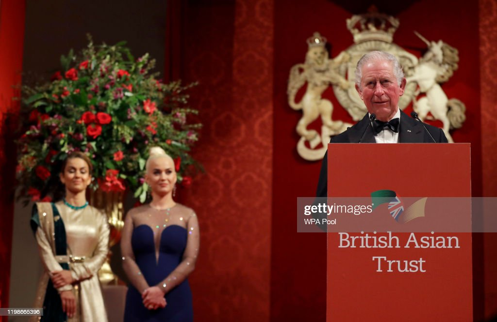The Prince Of Wales And Duchess Of Cornwall Attend A Reception To Celebrate The British Asian Trust : Nieuwsfoto's
