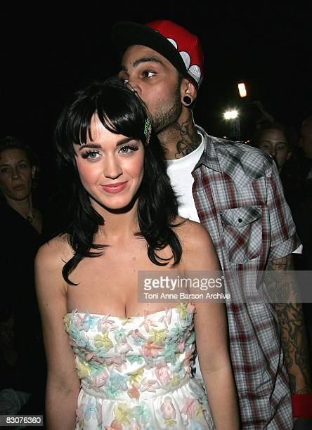 katy-perry-and-travis-mccoy-attend-the-christian-dior-09-spring-picture-id83076360?s=612x612