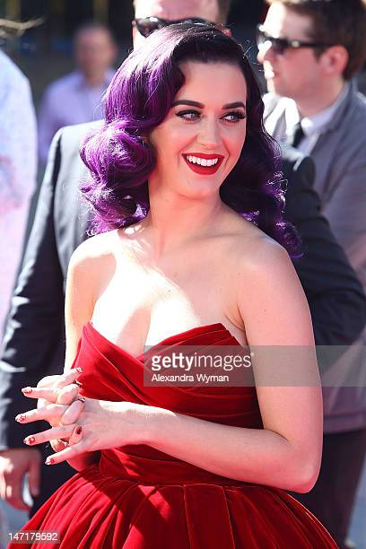 Katy Perry arrives at Katy Perry Part Of Me premiere at Grauman's Chinese Theatre on June 26 2012 in Hollywood California The premiere also included...