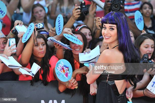 Katy Perry arrives at the 2012 MuchMusic Video Awards at MuchMusic HQ on June 17, 2012 in Toronto, Canada.