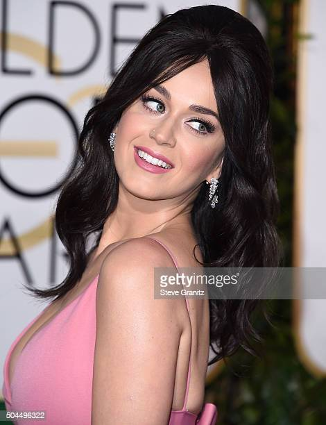 Katy Perry arrives at the 73rd Annual Golden Globe Awards at The Beverly Hilton Hotel on January 10 2016 in Beverly Hills California