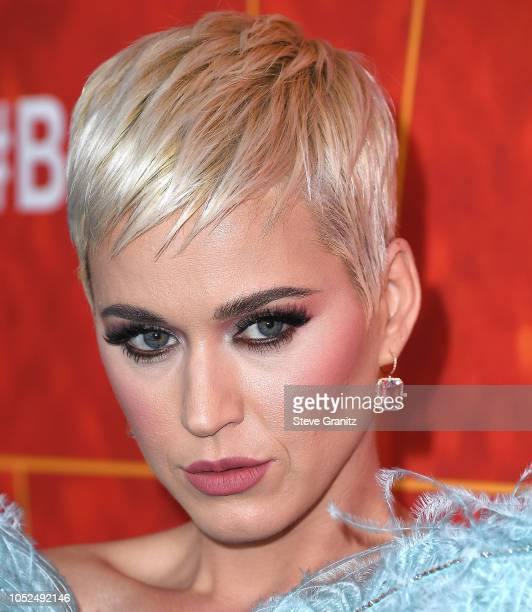 Katy Perry arrives at the amfAR Gala Los Angeles 2018 at Wallis Annenberg Center for the Performing Arts on October 18 2018 in Beverly Hills...