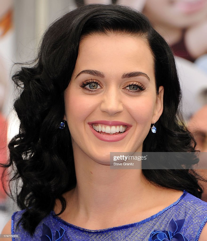 Katy Perry arrives at the 'Smurfs 2' - Los Angeles Premiere at Regency Village Theatre on July 28, 2013 in Westwood, California.