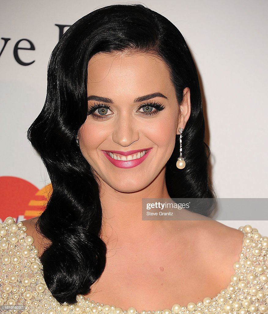 Katy Perry arrives at the The 55th Annual GRAMMY Awards - Pre-GRAMMY Gala And Salute To Industry Icons Honoring L.A. Reid on February 9, 2013 in Los Angeles, California.