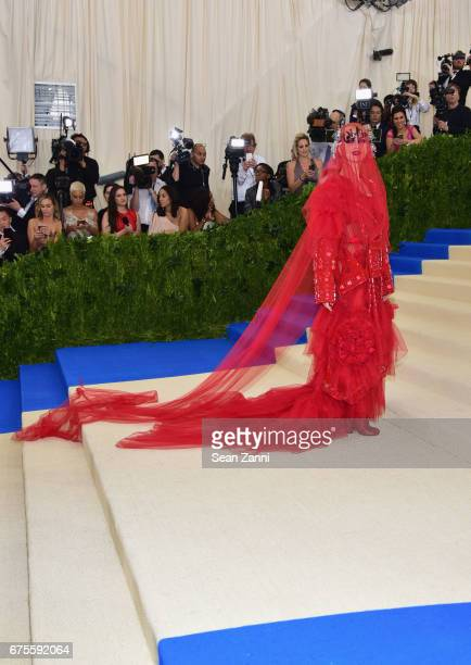 Katy Perry arrives 'Rei Kawakubo/Comme des Garcons Art Of The InBetween' Costume Institute Gala at The Metropolitan Museum on May 1 2017 in New York...