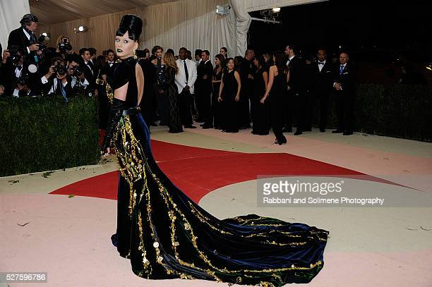 """Katy Perry attends """"Manus x Machina: Fashion In An Age Of Technology"""" Costume Institute Gala at Metropolitan Museum of Art on May 2, 2016 in New York..."""