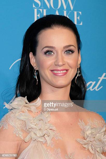 Katy Perry attends the 12th annual UNICEF Snowflake Ball at Cipriani Wall Street on November 29 2016 in New York City