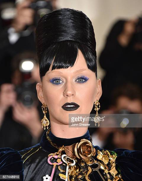 Katy Perry attends the 'Manus x Machina: Fashion In An Age Of Technology' Costume Institute Gala at Metropolitan Museum of Art on May 2, 2016 in New...