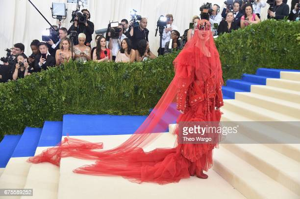 Katy Perry attends the Rei Kawakubo/Comme des Garcons Art Of The InBetween Costume Institute Gala at Metropolitan Museum of Art on May 1 2017 in New...