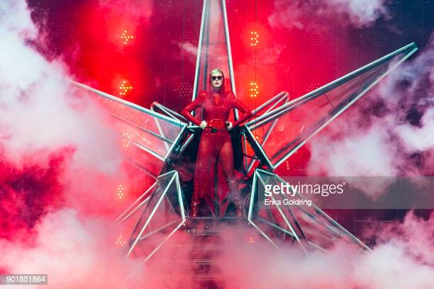 Katy Perry performs at Smoothie King Center on January 5 2018 in New Orleans Louisiana