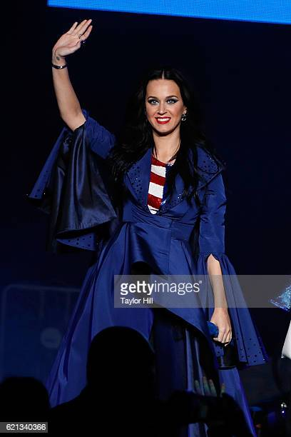 Katy Perry performs during a campaign rally for Hillary Clinton at Mann Center For Performing Arts on November 5 2016 in Philadelphia Pennsylvania