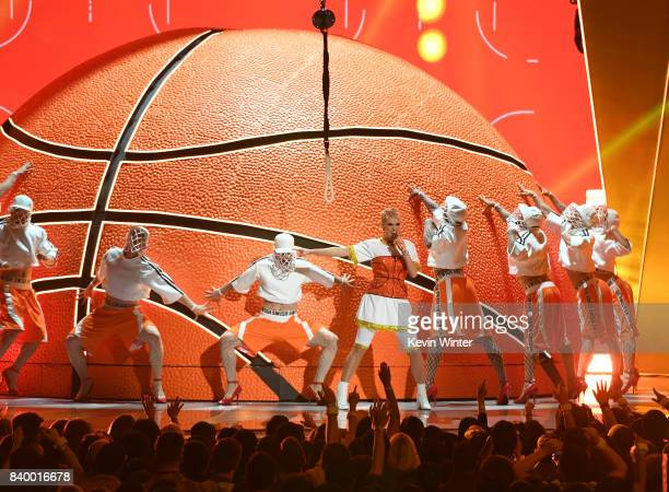 Katy Perry performs onstage during the 2017 MTV Video Music Awards at The Forum on August 27 2017 in Inglewood California