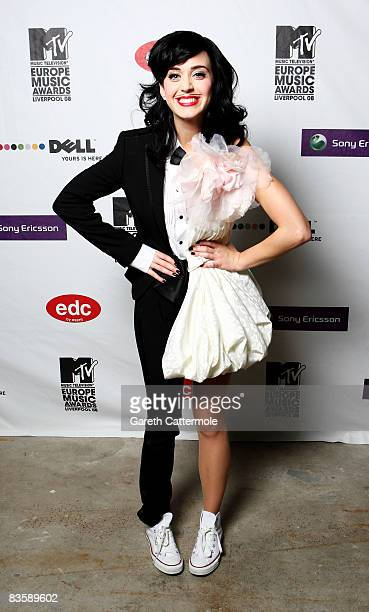 Katy Perry poses in the Winners Room at the 2008 MTV Europe Music Awards held at at the Echo Arena on November 6, 2008 in Liverpool, England.