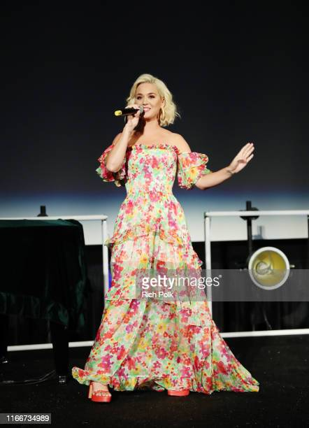 Katy Perry speaks onstage during Capitol Music Group's 6th annual Capitol Congress premiering new music and projects for industry and media on August...