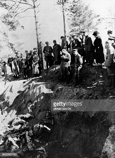 2WW Katyn massacre spring 1940 exhumation of corpses by a german guided investigation commission German officers and members of the international...