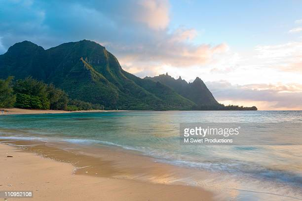 kauai seascape sunset - seascape stock pictures, royalty-free photos & images