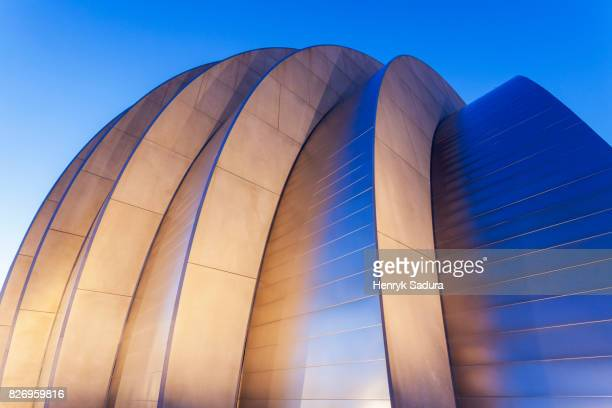 kauffman center for the performing arts - performing arts center stock pictures, royalty-free photos & images