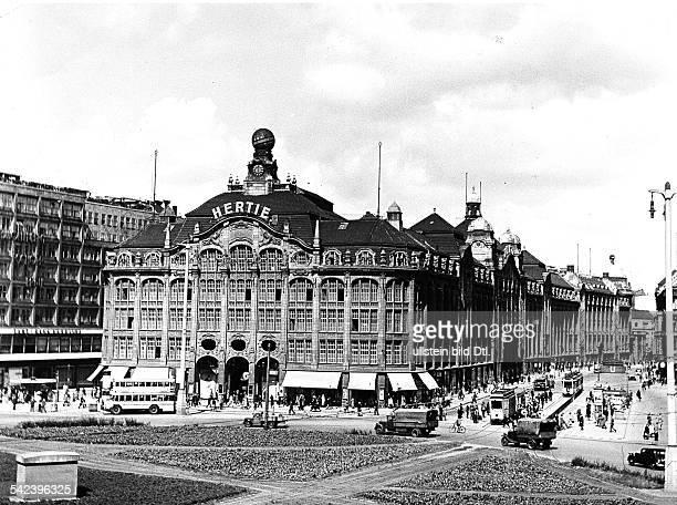 Kaufhaus Hertie am Alexanderplatz Berlin Aussenansicht 1943