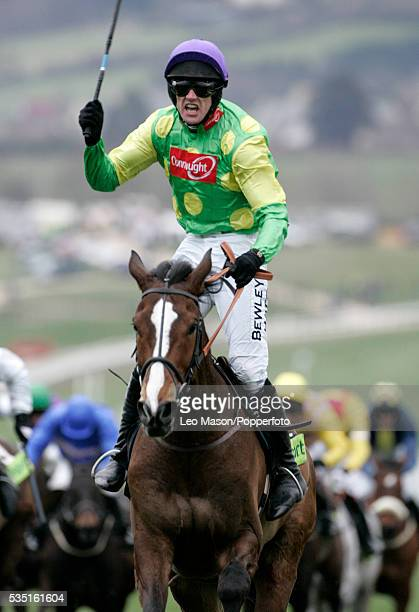 Kauto Star and Ruby Walsh win the Totesport Cheltenham Gold Cup at the 2007 Cheltenham Festival Meeting in Cheltenham England on 18th March 2007